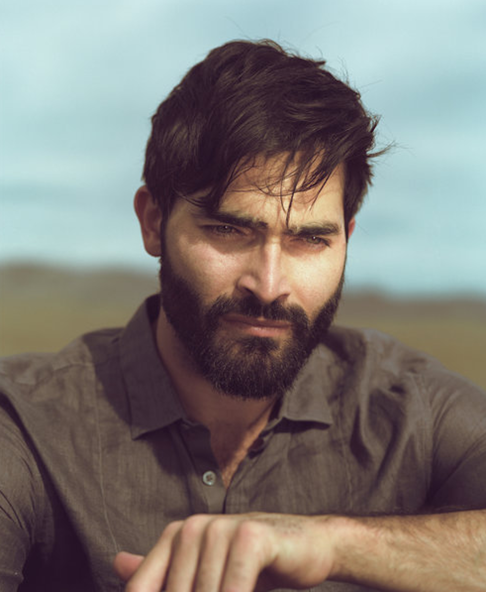 [Image: TYLER%2BHOECHLIN%2B3.png]