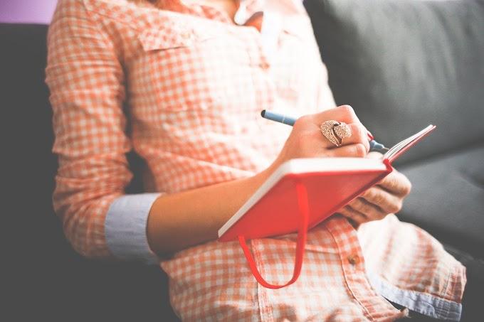 Manfaat Suka Menulis di Buku Harian