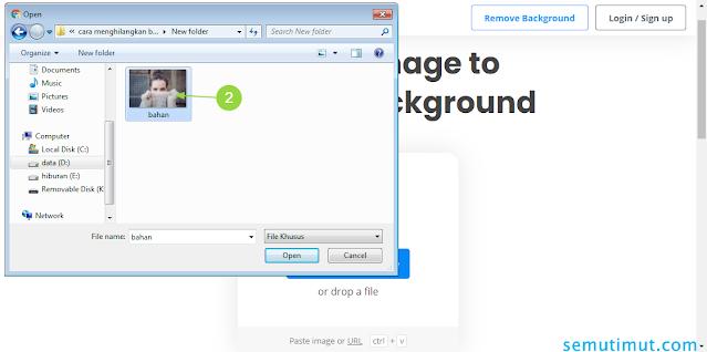 cara membuat background foto transparan online