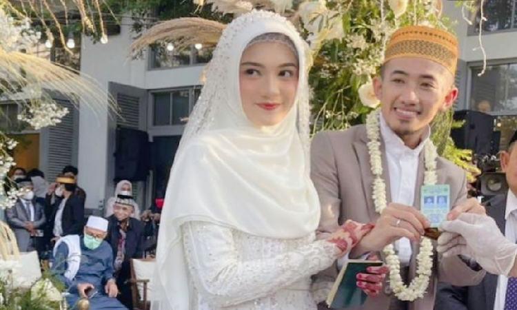 Jihan Salsabila Profil, Selebgram Cantik Istri Ustadz Syam