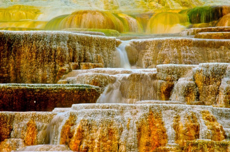 8. Mammoth Hot Springs, Wyoming, USA - Top 10 Natural Pools