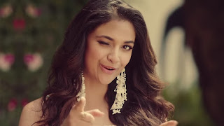 Keerthy Suresh with Cute and Lovely Smile with Expressions in Reliance Trends Ad 1