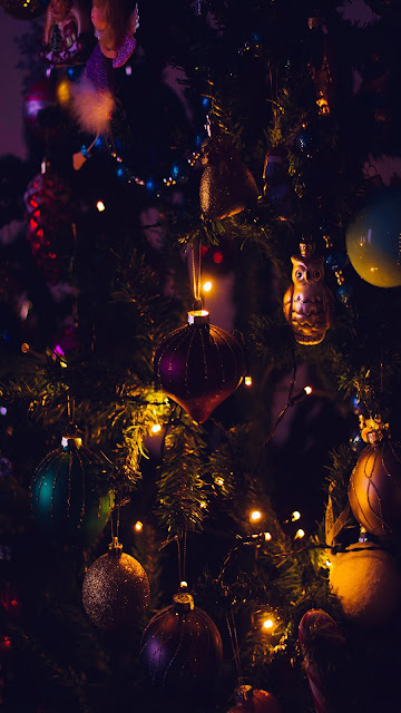 Christmas tree lights wallpaper Full HD.