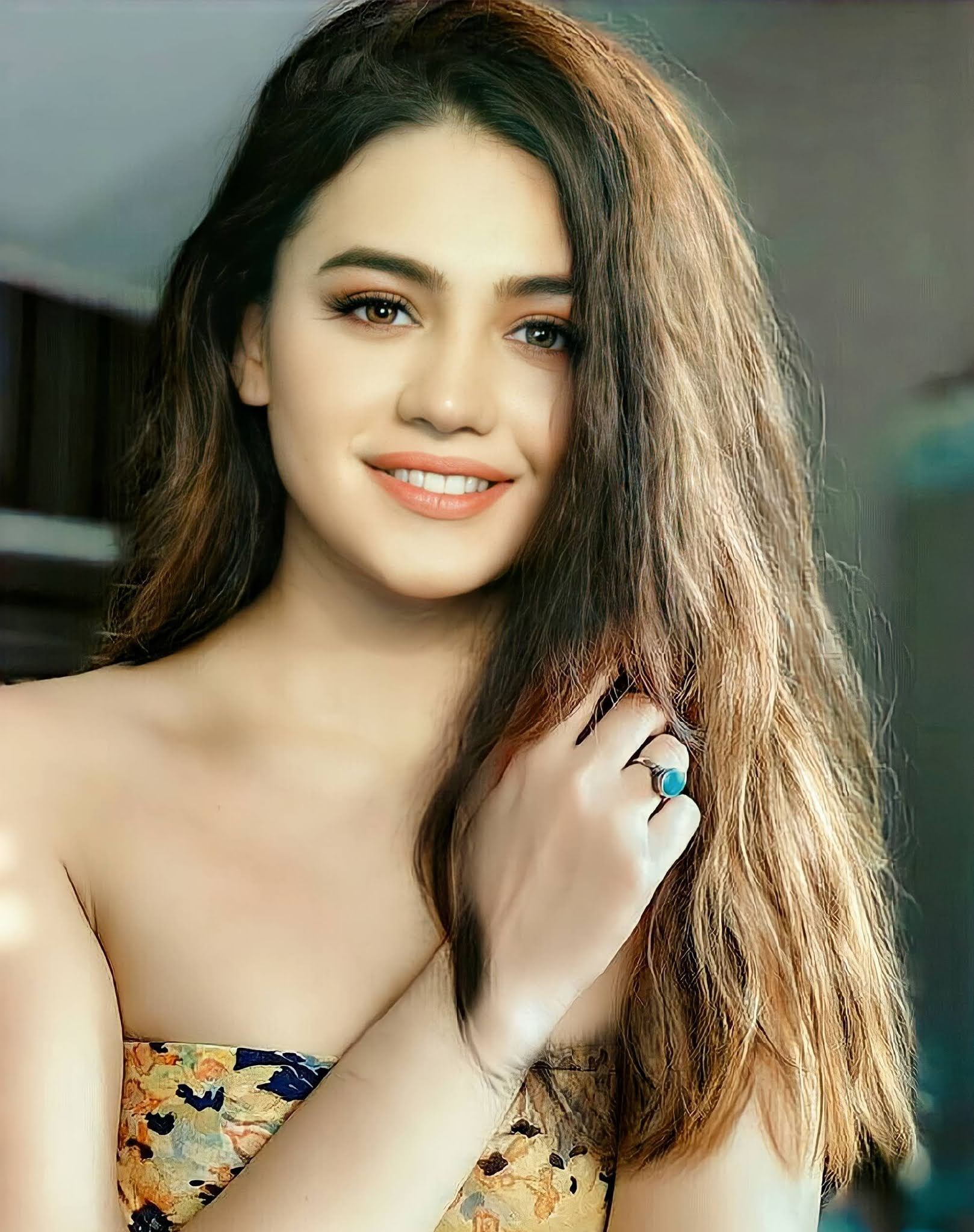 Zara Noor Abbas Hairstyle