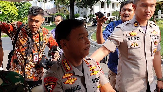 Ditunggu Jokowi Desember Ini, Kapolri Kabur Ditanya soal Kasus Novel