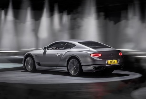 Tampilan Belakang mobil Bentley Continental GT Speed