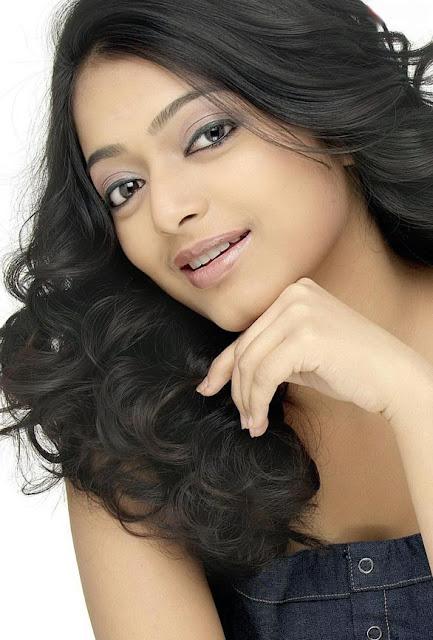 Tamil Actress Janani Iyer Latest Hot Stills Actress Trend