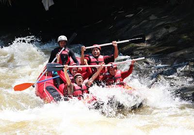Paket Rafting Sungai Cianten Bogor