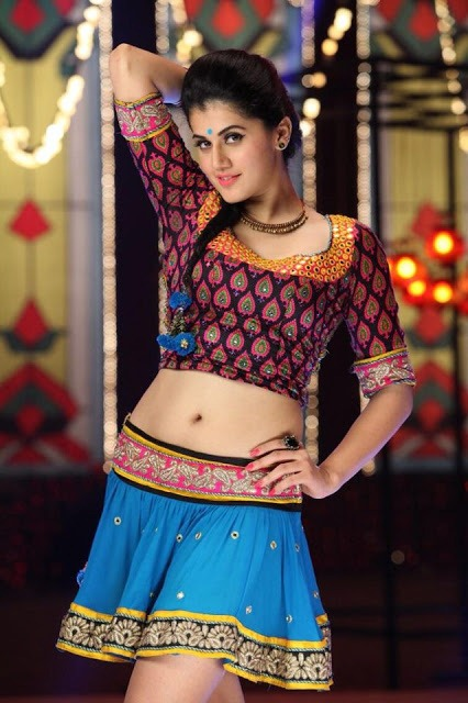 Taapsee-Pannu-Cute-Indian-Actress-Photo