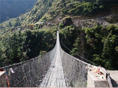 10 cây cầu treo sợ nhất thế giới 8