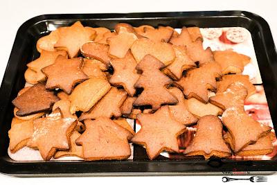 Boże narodzenie, domowe pierniczki, miód, pierniczki, pierniczki świąteczne, szybkie pierniczki, święta, Święta Bożego Narodzenia,