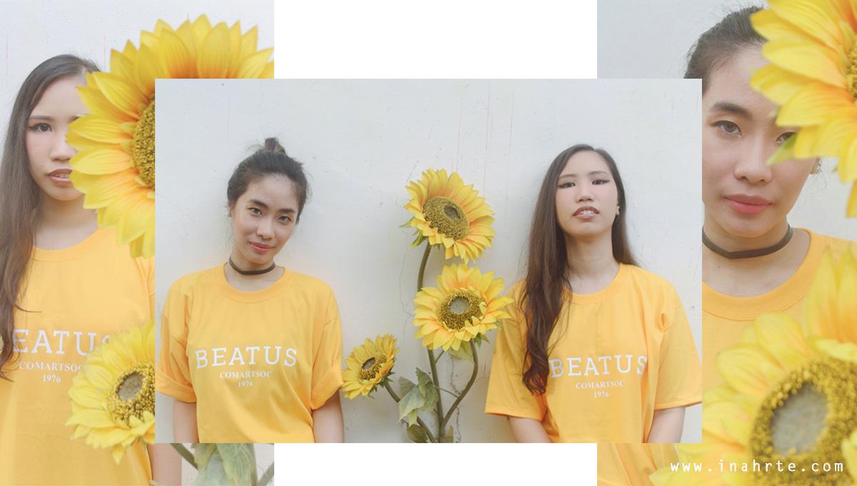 Outdoor Korean oversized tshirt photo shoot