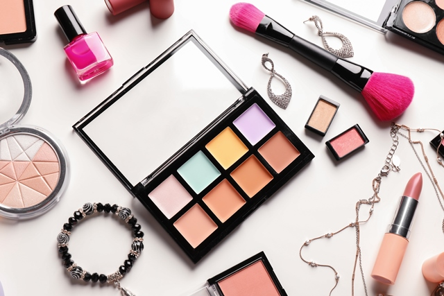 Makeup, Beauty