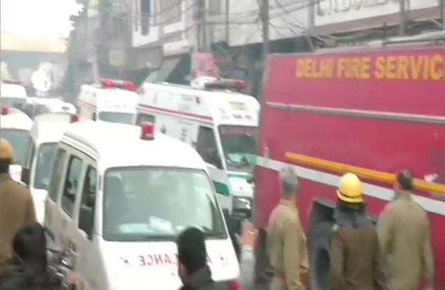 दिल्ली के अनाज मंडी में भीषण आग, अब तक 35 की मौत