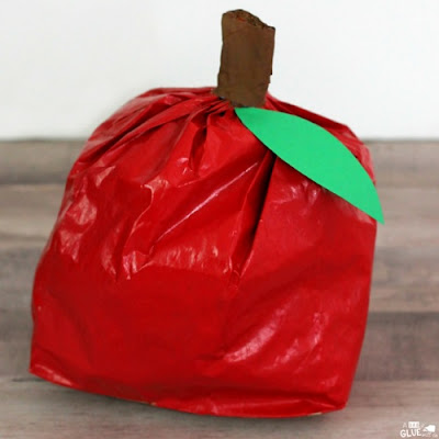Paper Bag Apple Craft by A Little Glue Will Do