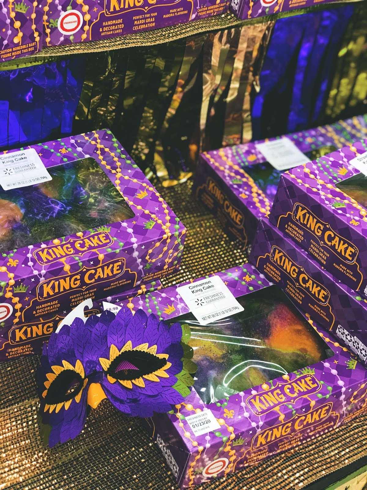 Shreveport Louisiana Foodie Files:  Mardi Gras Cakes, Coffee, Candy Apples And MORE!