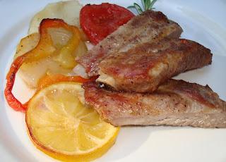 http://cosas-mias-y-demas.blogspot.com.es/2012/01/costillar-de-cerdo-al-horno.html