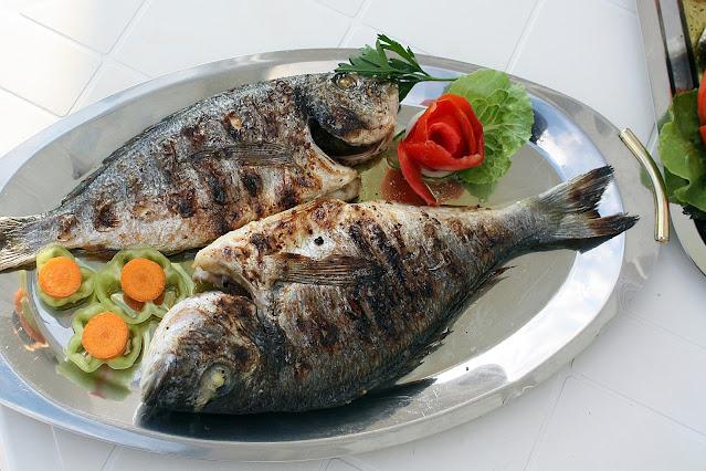 "alt=""fish eating benifits"""