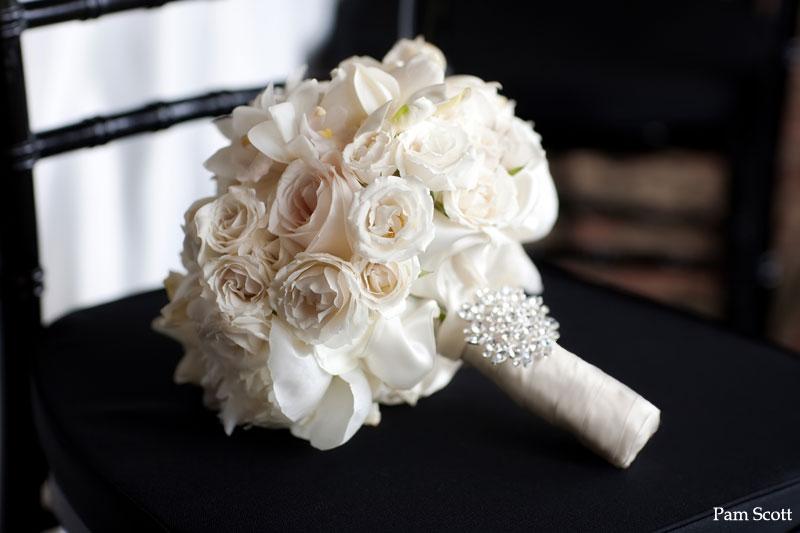 Flower Boutique: Frost Your Bouquet Or Arrangement