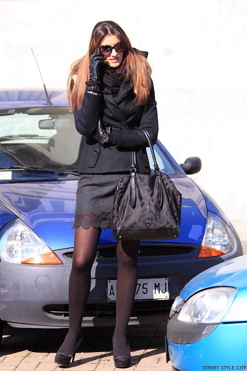 fall fashion fashionweek look milan ootd outfit street streetfashion streetstyle style winter pantyhose