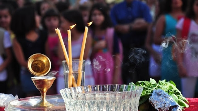 Υπουργείο Παιδείας: Κανονικά το διδακτικό ωράριο τη Δευτέρα πριν και μετά τον αγιασμό