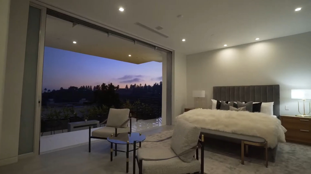 83 Interior Design Photos vs. 9459 Beverly Crest Dr, Beverly Hills, CA Luxury Contemporary House Tour