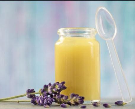 تدوينة الصحة سيدتي :  اليكي ابرو فوئد العسل الملكي وكيف يمكنكي الاستفادة منه