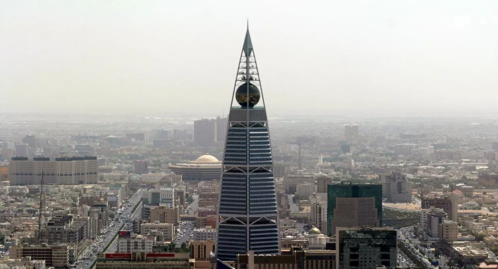 مصر تفاجئ مواطنيها في السعودية