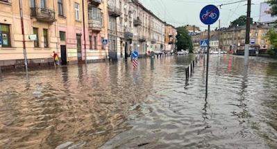 В Украине бушует стихия