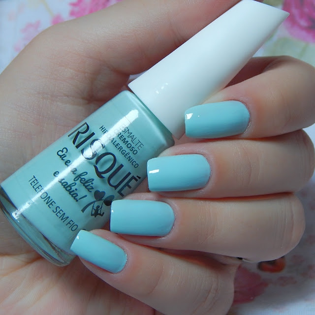 esmalte-azul-agua
