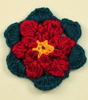 http://lasmanualidades.imujer.com/6760/flor-de-crochet-para-apliques