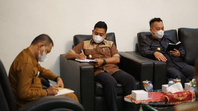 Bupati Lingga Pimpin Rakor Pasca Rotasi Beberapa Kabag di Setda Lingga