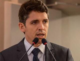 Tovar contraria Romero Rodrigues e rechaça diálogo com Lula