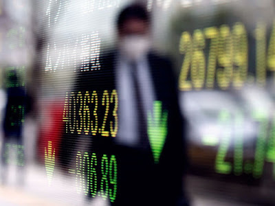 Stocks Pare Drop Into Close to End Higher for Week: Markets Wrap