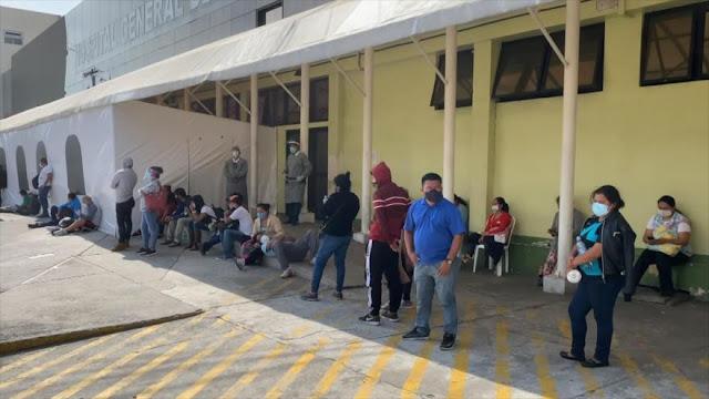 Ministra de Salud de Guatemala admite colapso de hospitales