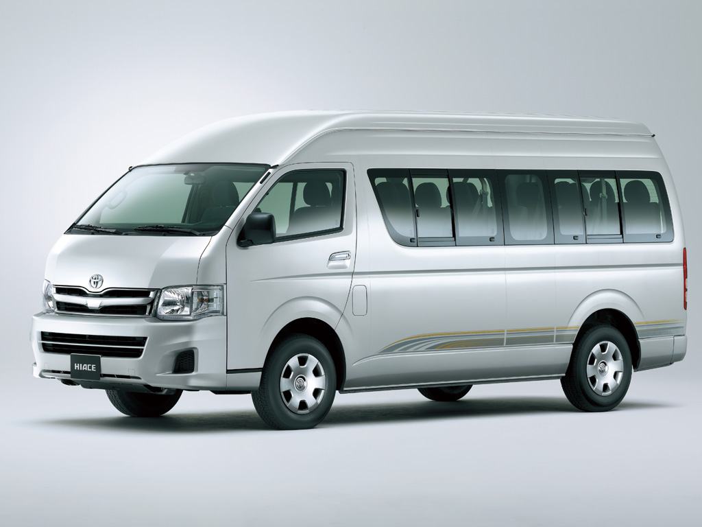AUTO REVIEW: Toyota Hiace Series