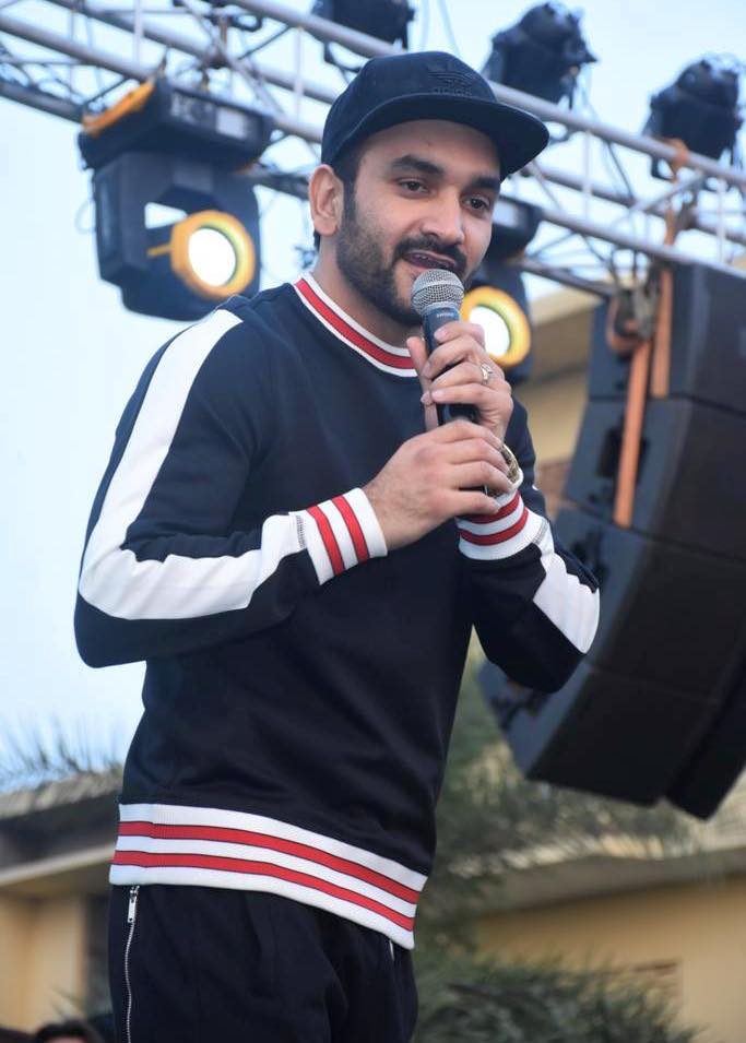 Fazilpuria Singer