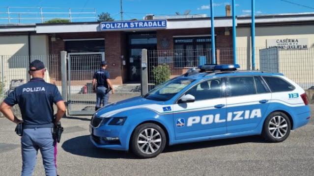 """""""Motor Pay"""": Polizia Stradale denuncia 38 persone per truffe online"""