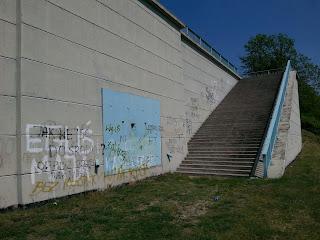 most w Knybawie