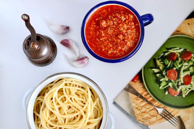🍝 spaghetti z sosem bolońskim