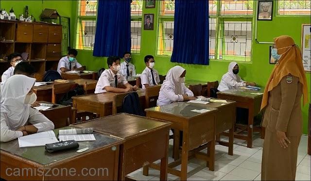 Pertama PTM, Hanya Diikuti 50 Persen Siswa Setiap Kelas