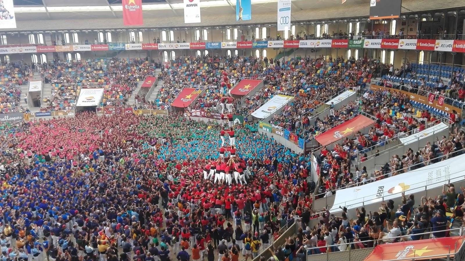 Campions de 9 pisos xicots fet casteller 1 xina for Pisos xativa 9 d octubre xativa