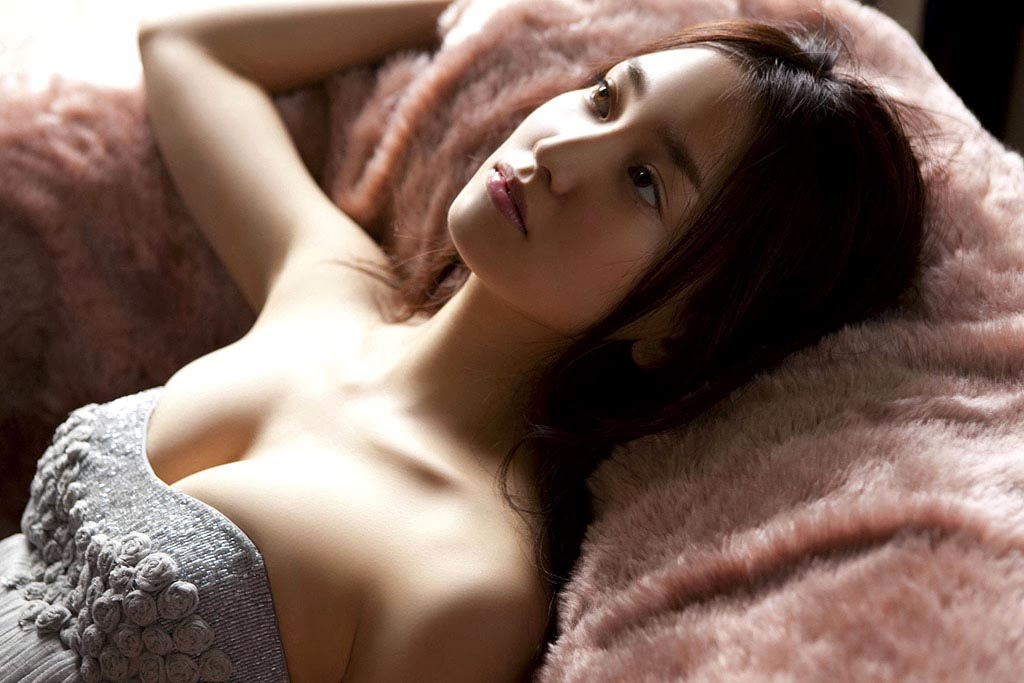 sexy japaense idol natsuko nagaike 01