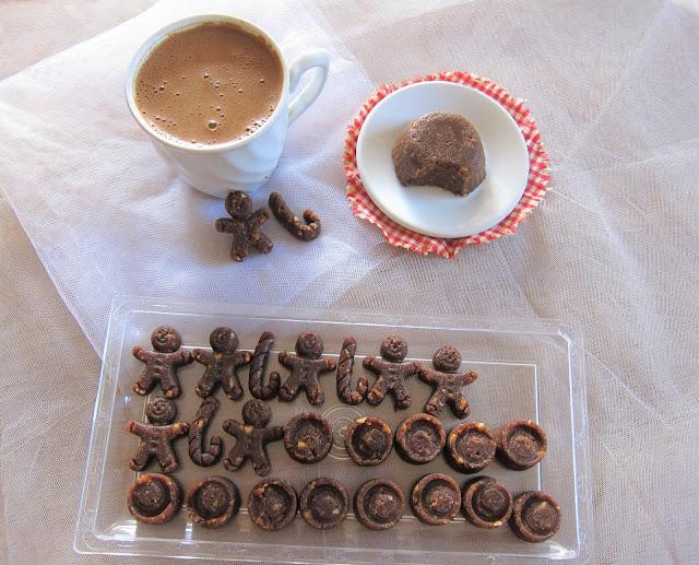 χαλβάς με καφέ, χαλβάς μόκα, χαλβάς με κακάο, χαλβάς με φουντούκια, χαλβάς latte, paraxeno pirouni, παράξενο πιρούνι