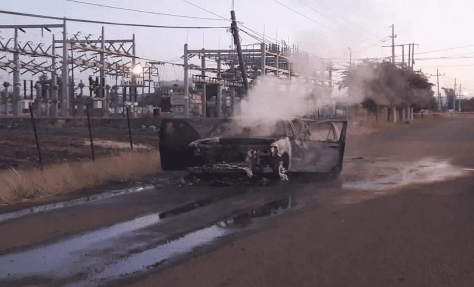 Camionetas calcinadas y cientos de casquillos deja enfrentamiento de mas de 3 horas entre Sicarios en Pericos sindicatura de Mocorito; Sinaloa