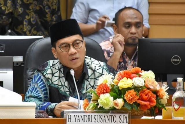 "DPR Tegur Menteri Agama Terkait Pernyataan Radikalisme ""Good Looking"""