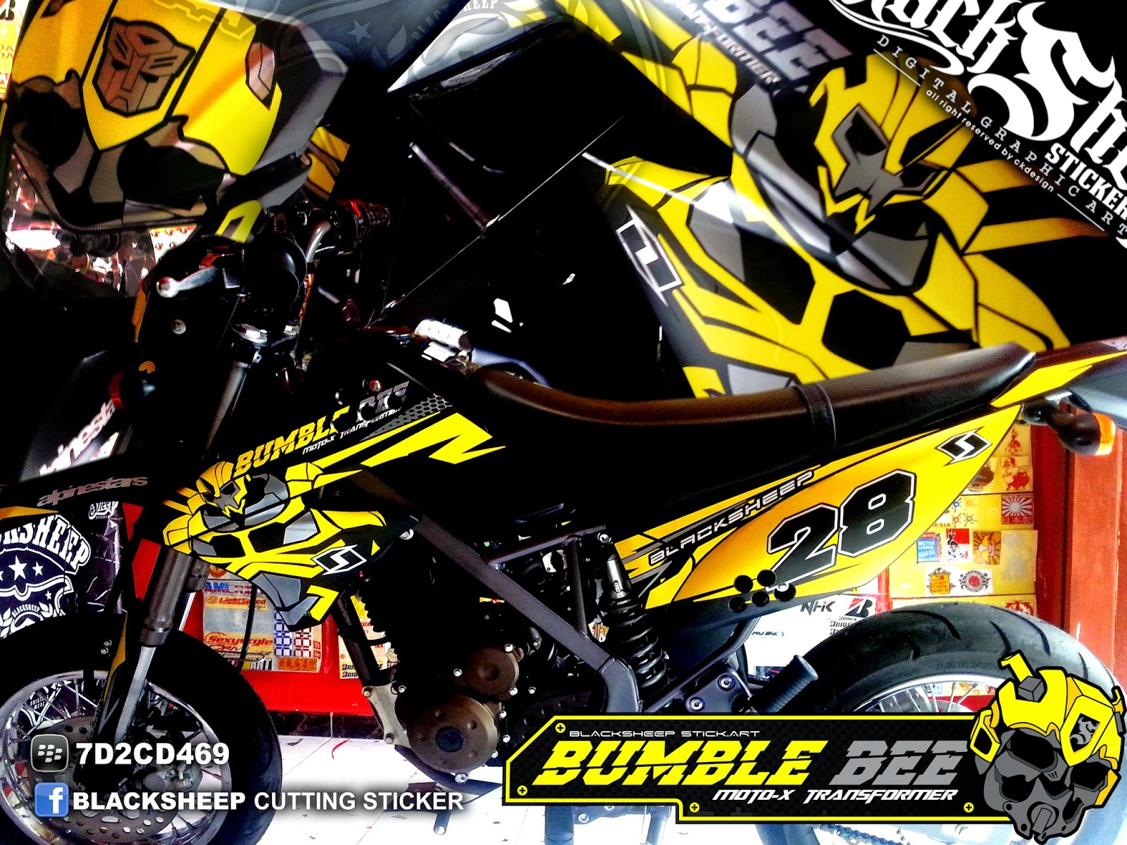 3d Yamaha Motorcycle Wallpaper Kawasaki D Tracker Bumble Bee Cutting Sticker Blacksheep