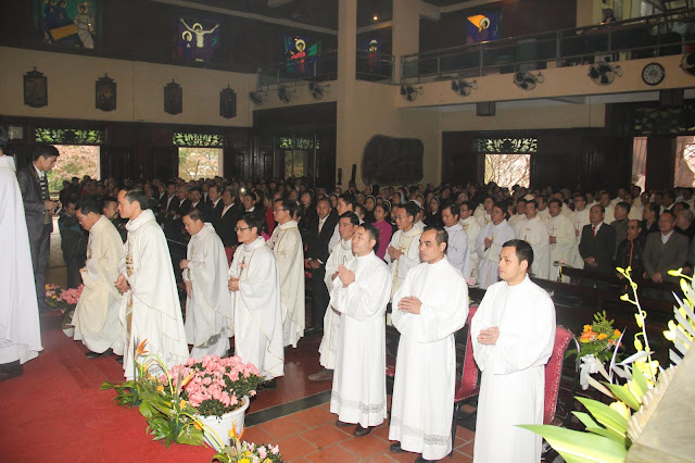 Lễ truyền chức Phó tế và Linh mục tại Giáo phận Lạng Sơn Cao Bằng 27.12.2017 - Ảnh minh hoạ 98
