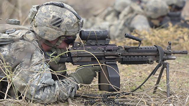 """Ministro de Defensa indio: """"EE.UU. recurre a la fuerza demasiado a menudo"""""""