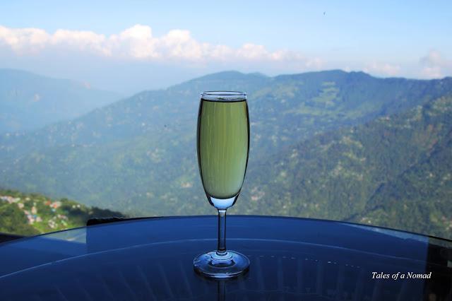 Ten Must Visit Cafes and Restaurants in Darjeeling